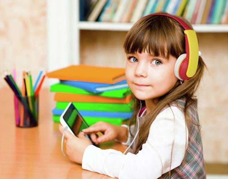 Обзор JVC HA-KD5: детские наушники с ограничением по громкости