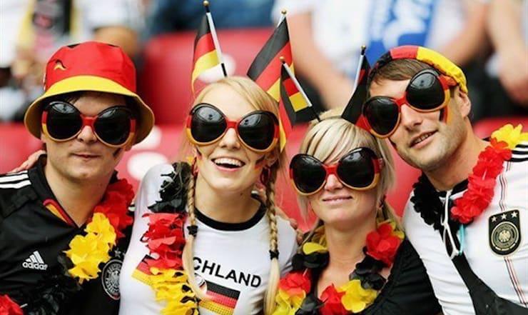 Почему жителей Германии называют немцами, а не германцами?