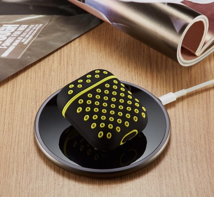 Чехол для AirPods в стиле Nike+